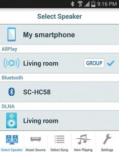 Per Smartphone lässt sich das Multiroom-System von überall im Haus steuern. Darunter fallen etwa die Wahl der Soundquelle, die ansteuerbaren Lautsprecher und die Art der Übertragung