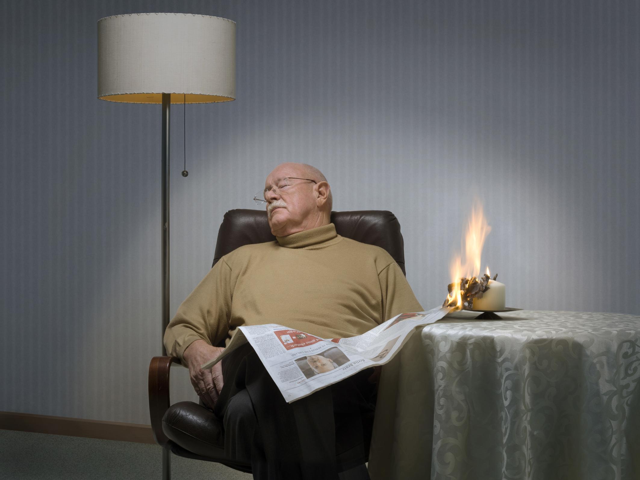 rauchmelder retten leben fordert rauchmelderpflicht auch f r bestandsbauten smart wohnen. Black Bedroom Furniture Sets. Home Design Ideas