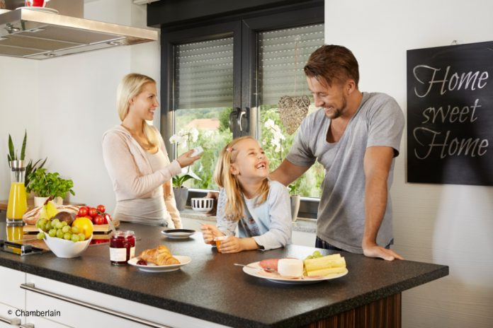 Rollläden erleichtern den Familienalltag.