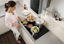 Intelligente Küche mit AEG Induktionskochfeld