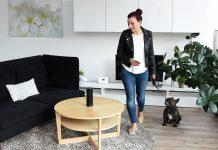 Per Sprachbefehl: Im smarten Zuhause lassen sich jetzt auch der Abwesenheitsmodus und andere komplexe Routinen auf Zuruf schalten.