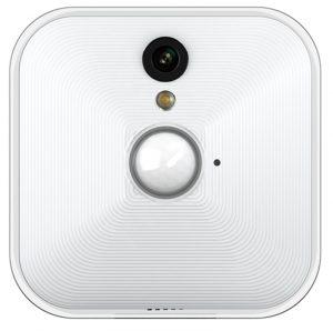 kamera berwachung mit blink smart wohnen. Black Bedroom Furniture Sets. Home Design Ideas