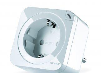 Die Schalt- und Messsteckdose von devolo ist ab sofort im neuen und sehr kompakten Design erhältlich.