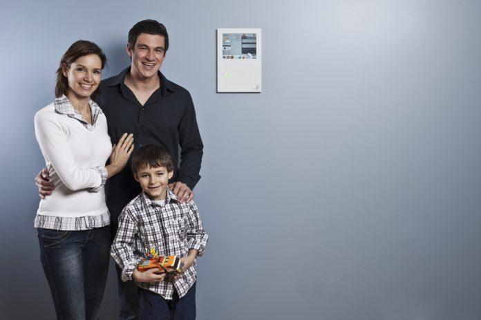 Mit Smart Home-Lösungen für Kinder sind auch Eltern auf der sicheren Seite. © myGEKKO | Ekon GmbH www.my-gekko.com