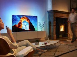 Philips TV und Google Assistant ermöglichen die Interaktion des Zuschauers mit dem Fernseher.